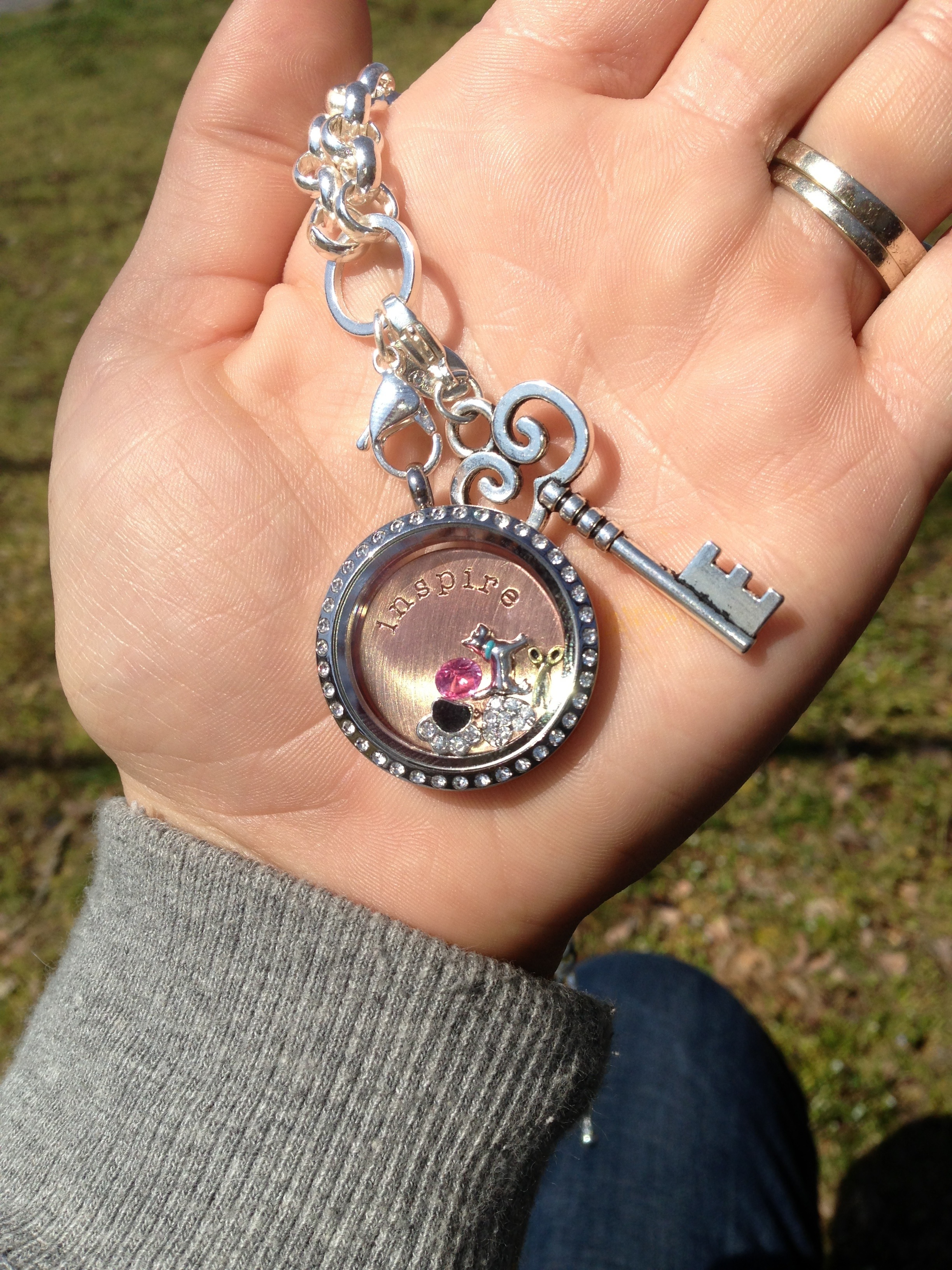 lockets image exhibitor silver locket range rose pulse gold supporting products we large necklaces and of have in a